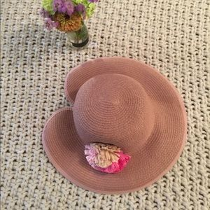 Pink hat with flower on side. by Ellen Tracy